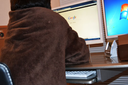 着る毛布で快適パソコン