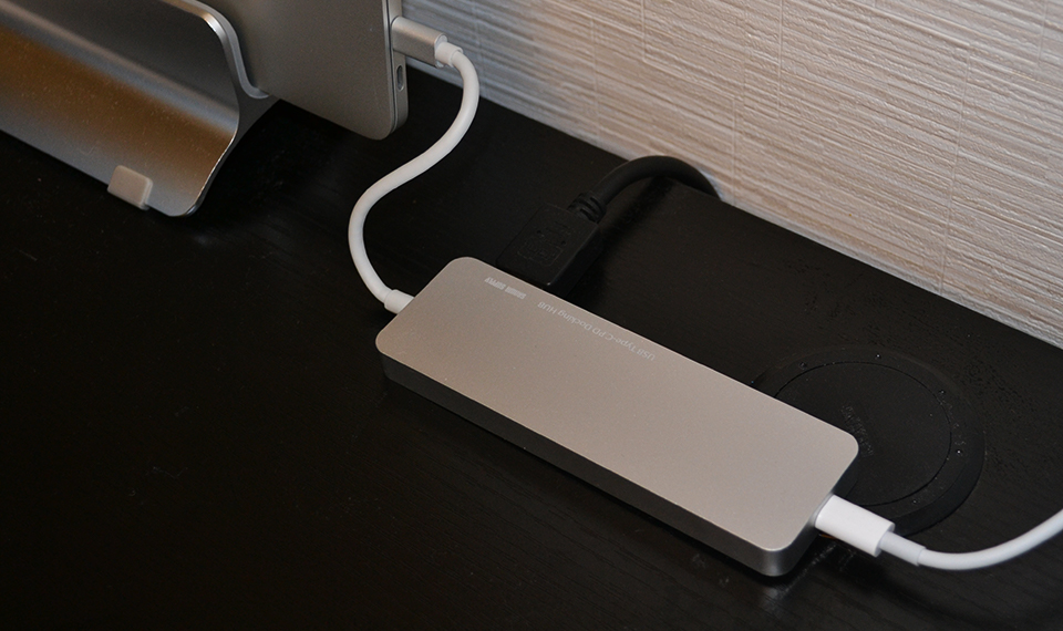 MacBook用 USB Type-Cハブ