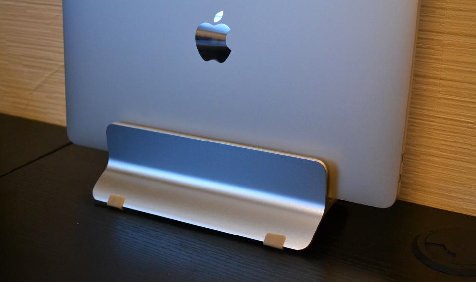 MacBook用アルミスタンド