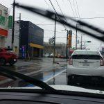 台風中の車内