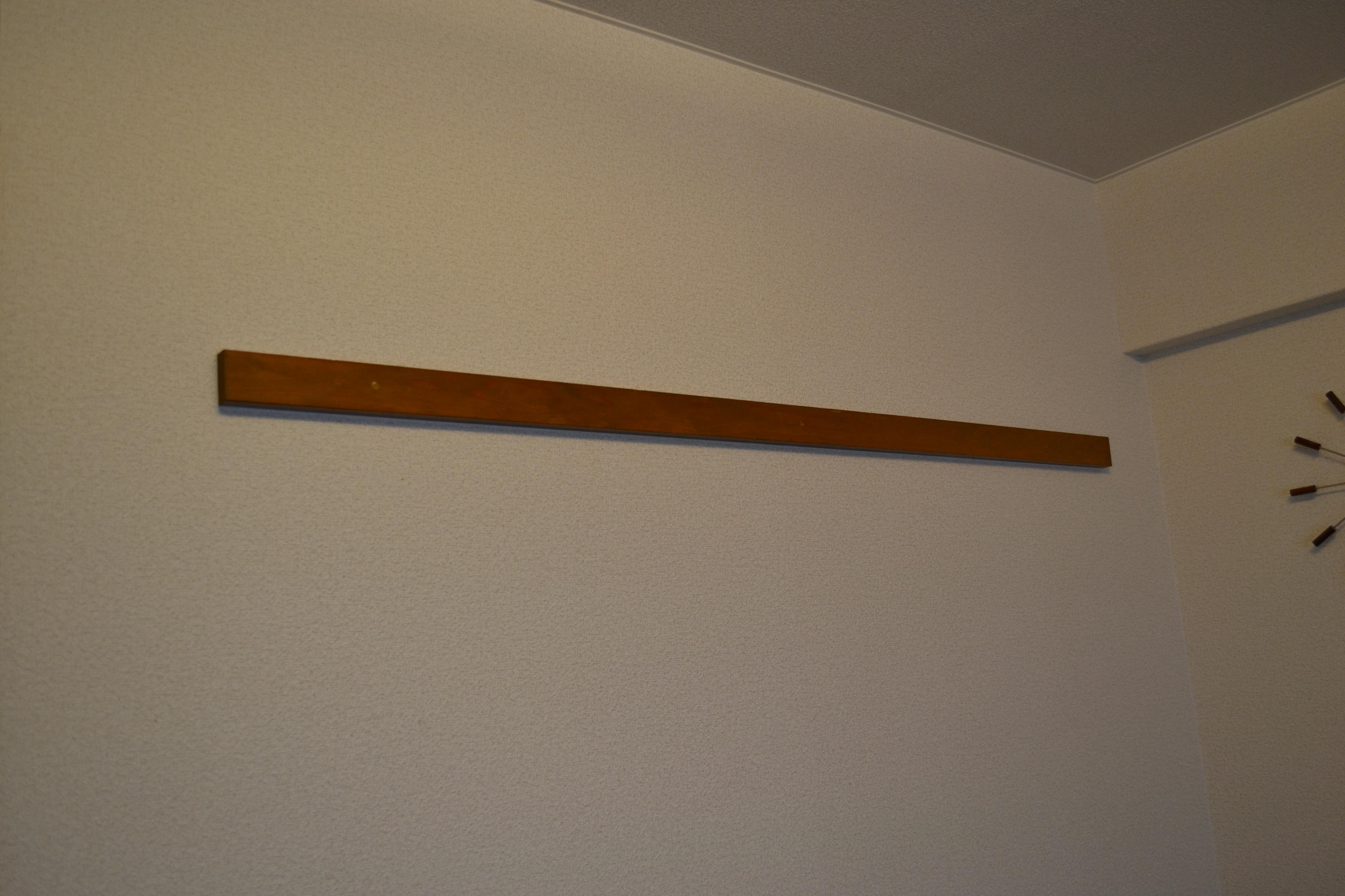 賃貸アパートの壁の板