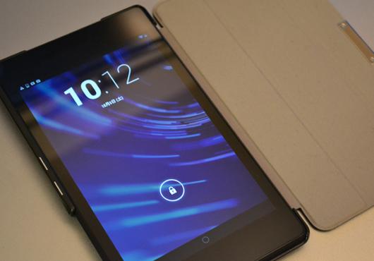 新Nexus7用MoKoカバー