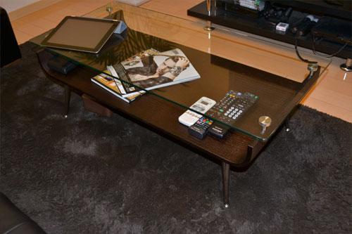 曲げ木のガラストップローテーブル